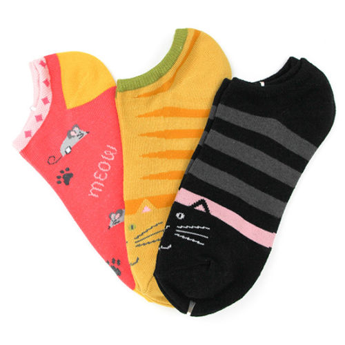 Kitty Foot Traffic No Show Ankle Socks
